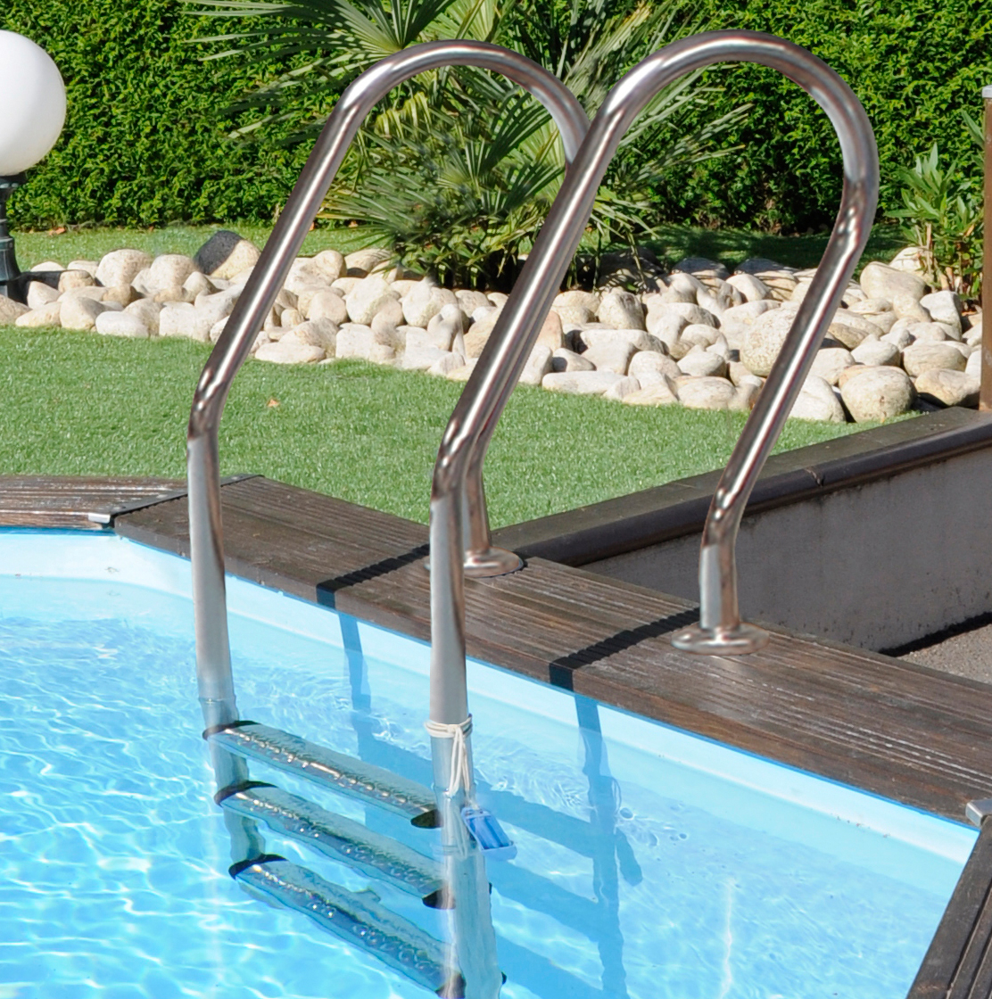 Escalera para piscina de madera inox - Piscinas Garrido - Estufas de ...